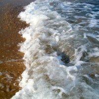Набежавшая волна :: Герович Лилия