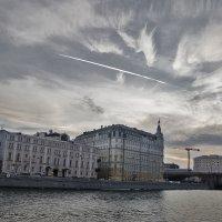 Вечерний город :: Ирина Шарапова