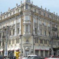Старое здание в Одессе. :: Владимир Сквирский