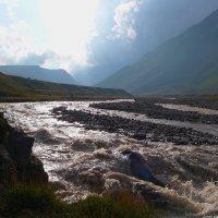 Заход солнца в горах Приэльбрусья :: Vladimir 070549