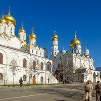 Весна в Кремле :: Galina