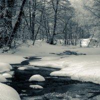 Зимняя речушка :: Константин Филякин