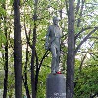 Памятник Магомаеву в Москве. :: Елена
