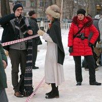 Северодвинск. Масленица. Не подходи - сфотографирую :: Владимир Шибинский