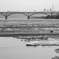 Город на мосту :: Василий Либко