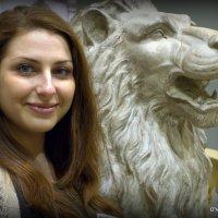 хорошую опору каждой красивой девушке :: Олег Лукьянов
