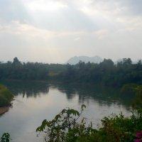 Дождь на реке Квай. :: Чария Зоя