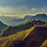 На перевале Гум-Баши осенью :: Аnatoly Gaponenko