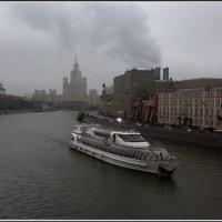 Москва река :: Михаил Розенберг
