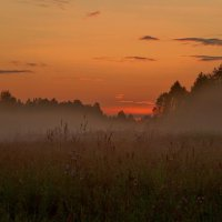 Зардел в смущении закат. :: mike95