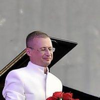 БУКЕТ  ДЛЯ  МАЭСТРО(2) :: Валерий Викторович РОГАНОВ-АРЫССКИЙ