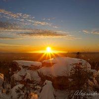 Закат в каменном городе :: Александр Чазов