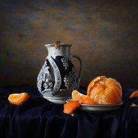 Этюд с апельсином :: Татьяна Карачкова