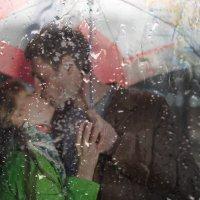 Под дождем :: Александр Зайцев