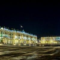 Дворцовая площадь :: Денис Бажан