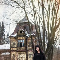 Анжелика и дом :: Ева Олерских