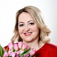 портрет с цветами :: Владимир Юминов