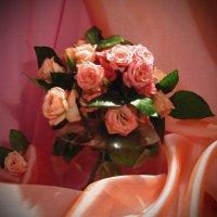 Под настроеньем чайной розы :: Инна
