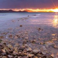 Рассвет над морем :: Роман Казарин