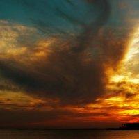 закат перед грозой :: Сергей Колб