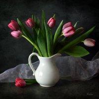 Розовые тюльпаны :: Галина Galyazlatotsvet
