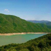 Жинвальское водохранилище (Грузия) :: Лариса Мироненко