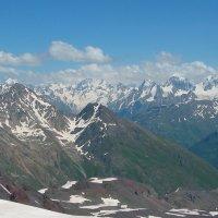 Главный Кавказский хребет :: Vladimir 070549