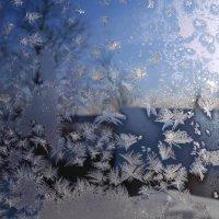 Рисунки на окне :: Вера Андреева