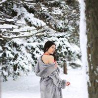 Красное на белом :: Мирослава Марциненко