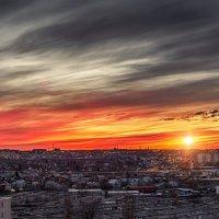 Городской закат :: Александр Афромеев