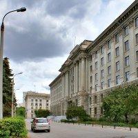 Здание Гидропроекта в Самаре :: Денис Кораблёв