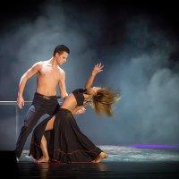 Всё в танце :: ViP_ Photographer