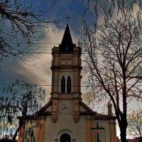 Римско-католический костел Успения пресвятой Богородицы Девы Марии :: Александр Корчемный