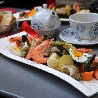 Обед в Марселе :: Оксана Грищенко