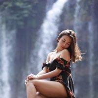 У водопада :: Roman Mordashev