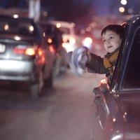 Улицы города :: Михаил Денисов