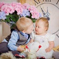 брат и сестра :: наталья Дубовая