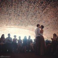 Поцелуй под мостом :: Анастасия ГАВ Гусевская