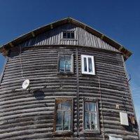 Дом в деревне :: Валерий Талашов