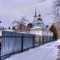 Подворье при храме :: Андрей Куприянов