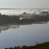 Раннее утро, туман на Оке........ :: Игорь Егоров
