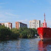 Портовый танкер в Морском канале :: Еварина К.