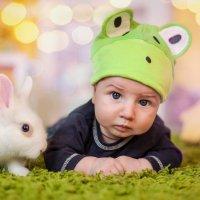 малыш с кроликом :: Оля Грушевская