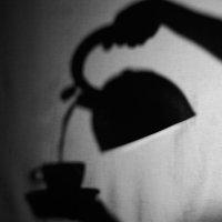 Чёрно-белый чай. :: Юрий Боярченко