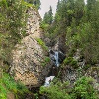 горы. горный водопад :: Горный турист Иван Иванов