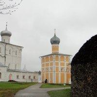 Преображенский собор и Трапезная церковь :: Елена Павлова (Смолова)