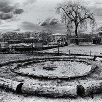 Circles :: Yuriy Man