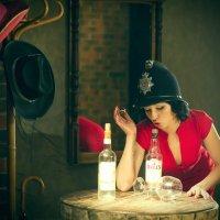 Гламурная девица в баре ) :: Михаил Краев
