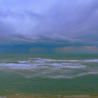 дождь над морем. :: Пётр Беркун