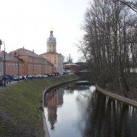 Вид на Северный (Просфорный) корпус и Северо-западную башню (Ризничную) :: Елена Смолова